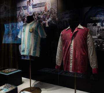 10 y Más: Colección Maradona