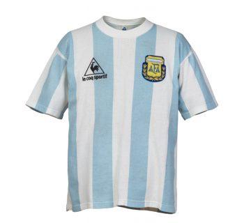 10 y Más Colección Maradona